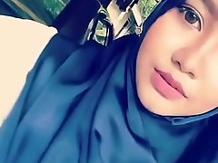 hijab main dimobil powerful :_ tube porn  video yxnczehk