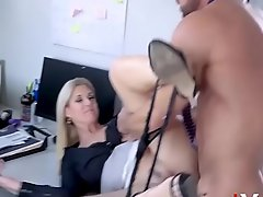 Blonde Nabob Hires Employee For Sex- India Summers