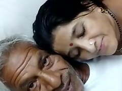 Aged defy almost an increment of bhabhi swell up dick