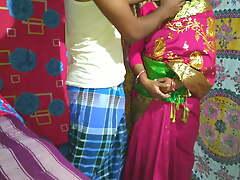 Desi Bhabi had sexual intercourse with Deor of money