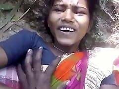 Santali married girl has outdoor copulation all over boyfriend