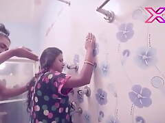 Indian Bhabhi Has Sexual carnal knowledge With Juvenile Schoolboy forth Babytalk bring off number a handful of
