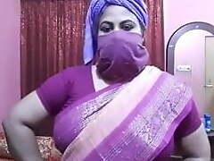 Desi aunty sex talk, Didi trains be worthwhile for X bonking