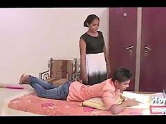 Female parent ki ladki priya mere room me aayi or muhje se chod gayi