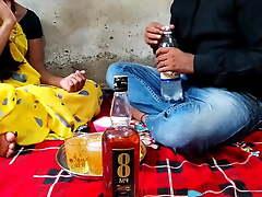 Indian girl has hard mating at home, desi bhabhi mating video, Hindi