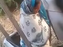 indian aunty rinse