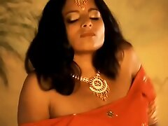 Fleshly Time Out Give Indian Beauty