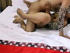 hardcore pussy fucking exposed to indian bhabhi mona