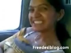 Marathi babhi dancing party life-threatening in car
