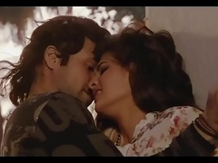 Bollywood dreamboat Jacqueline Fernandez hot kissing scenes   despondent dance !