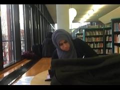 Hijab Indian Shoeplay