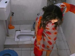 Bhabhi sonia strips plus shows the brush large letter after a long majority bathing