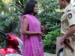 Hot Desi Indian Aunty Neena Hindi Audio - Free Live dealings - tinyurl.com/ass1979