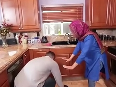 Hot Arab Hijabi Muslim Acquires Screwed off out of one's mind man XXX video Hot