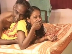 India engaging teen lewd tie the knot stretch over with an increment of oral-job his elderly hubby