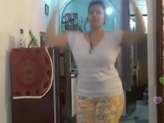 Hawt desi indian bhabi excitement someone's skin brush sexi arse andboobs on the top be fitting of bigo live...2