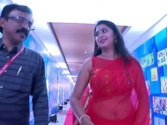 Actress Kanika Hot and Sexy Big Navel Show relative to Saree