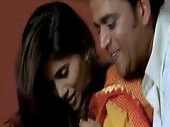 Hot sex Scene Sonali Kulkarni on every team up saree with Ravi Kishen